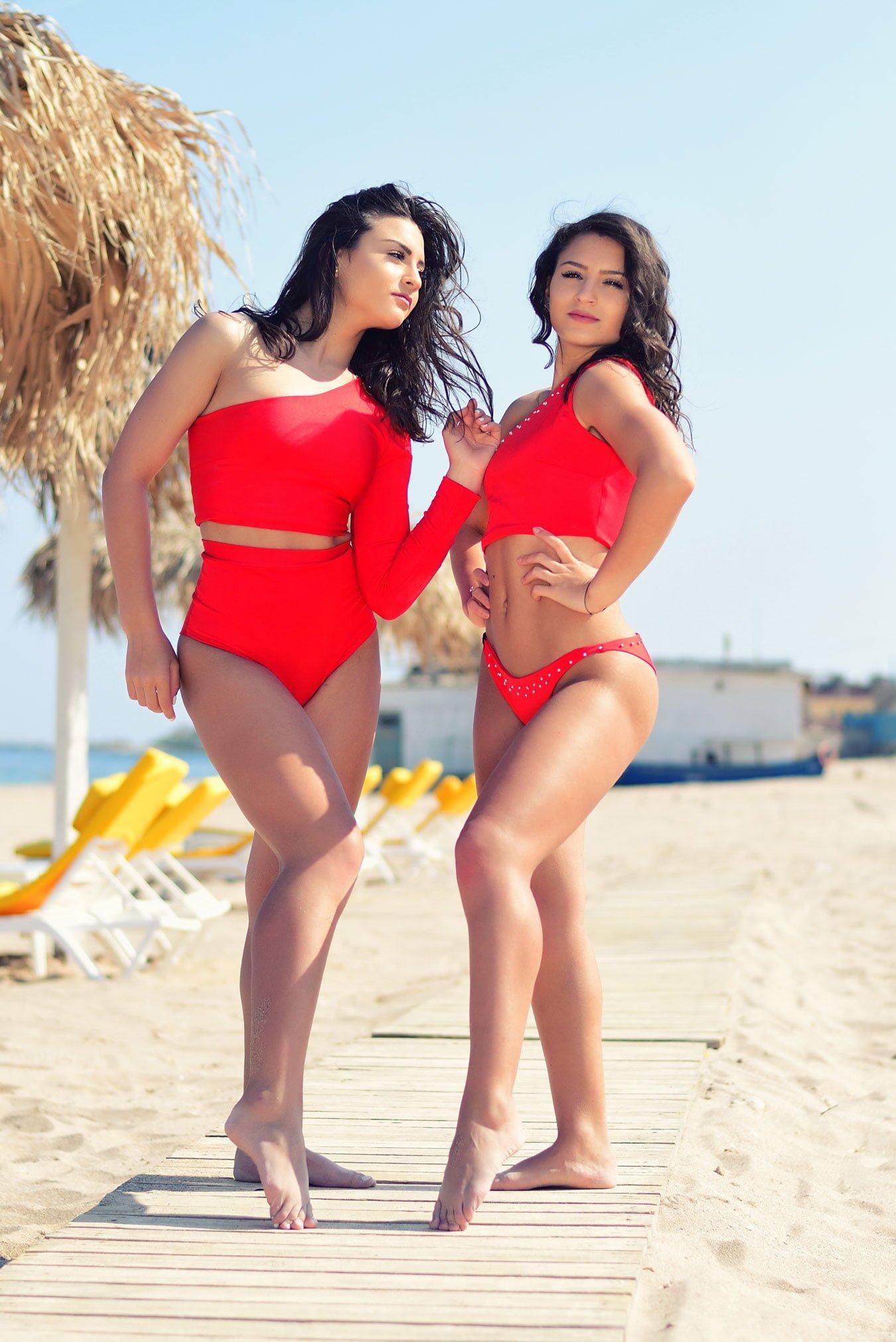 Sanremo-Bikini-One-Shoulder-Red-Costum-de-baie-handmade-Gabbi-White